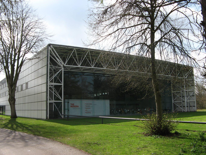 Sainsbury Centre, vue de l'extérieur