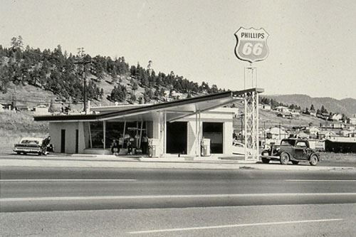 Ed Rusha, Photo issue de la série Twenty Six Gasoline Stations, 1962