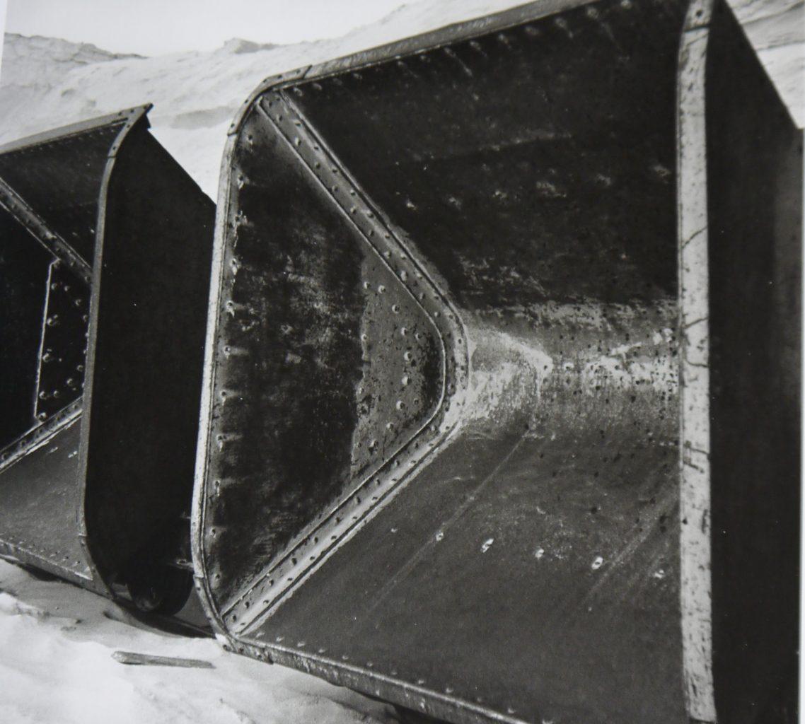 Benne pour transporter du sable, vers 1935
