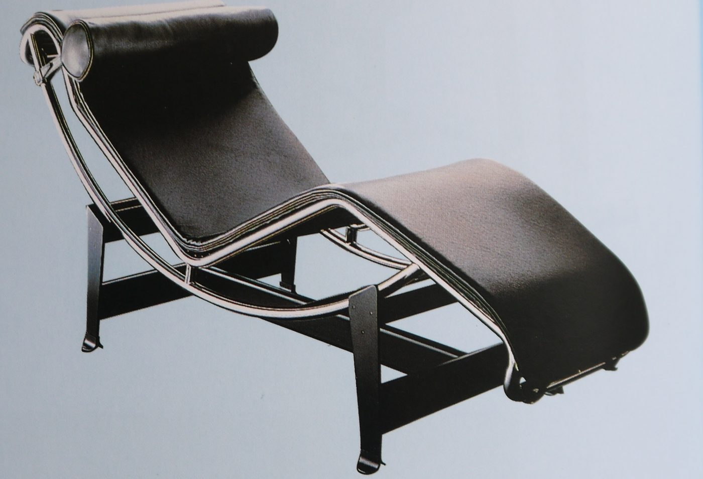Chaise longue LC4 (Le Corbusier, Pierre Jeanneret, Charlotte Perriand)