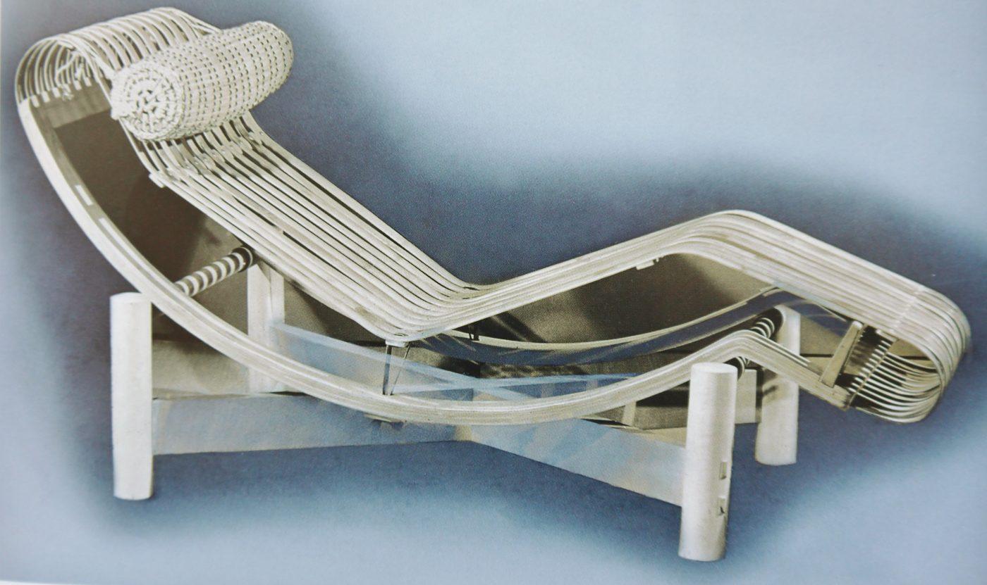 Charlotte perriand chaise longue en bambou et bois 1940 - Chaise art contemporain ...