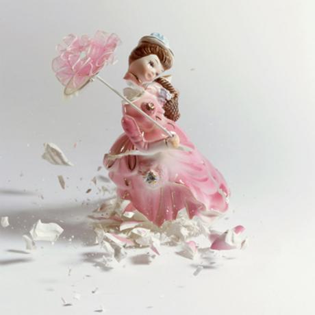 Martin Klimas, Porcelain Figurines - Jeune Fille à l'ombrelle
