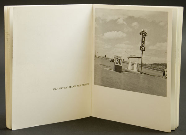 Ed Rusha, Twentysix Gasoline Stations, Detail du livre, 1963