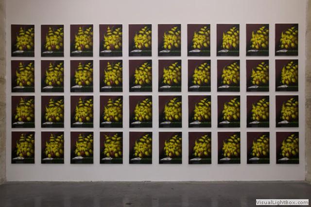 Gabriele Di Matteo, Le peintre salue la mer, zoom sur les bouquets de mimosa,2005