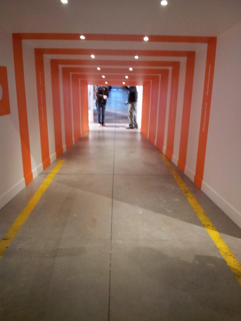 Saint-Etienne, Biennale Design 2013, vue intérieur  exposition sixième sens, bâtiments H