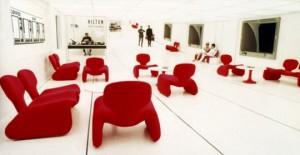 Les fauteuils Djinn d'Olivier Mourgue dans 2001, l'Odyssée de l'espace de Stanley Kubrick (1968)