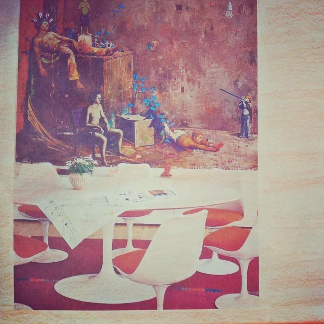 """Table et chaises """"Tulipe"""" d'Eero Saarinen cohabitant avec un tableau contemporain"""