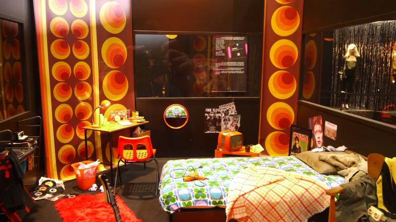 Foire de Lyon, Expo Rock Story, les années 70 : glam rock, paillettes, plastique et fluo !