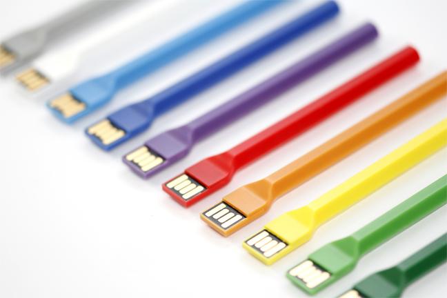 Pen Memory Stick (stylo-carte mémoire, plastique injecté (ABS) 2013. Design Praxis Design