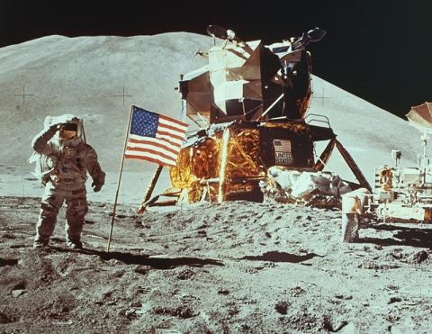 l-homme-a-marche-sur-la-lune-nasaapollo-11