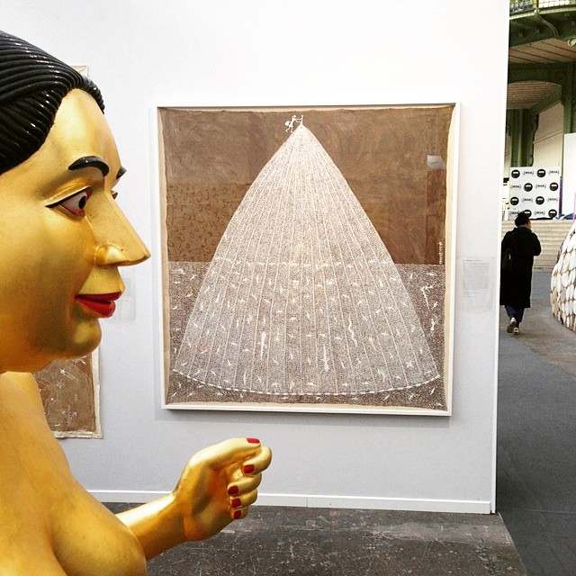 Statue Ravinder Reddy et Peinture Jivya Soma Mashe - Art Paris 2013 Grand Palais