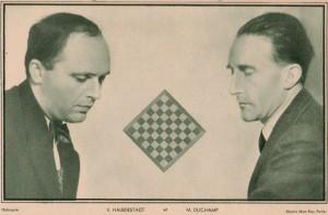 Man Ray,célèbre photographie d'Halberstadt et Duchamp. Souce : Le Monde des échecs (1933) / L'Echiquier (mars 1934)