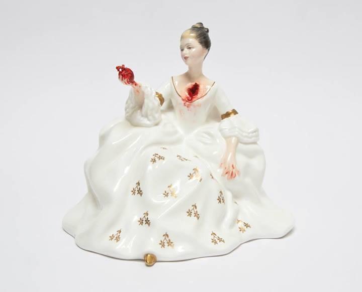 Jessica Harrison, Lily, 2013, mixed media, 16x 17,5x 14 cm