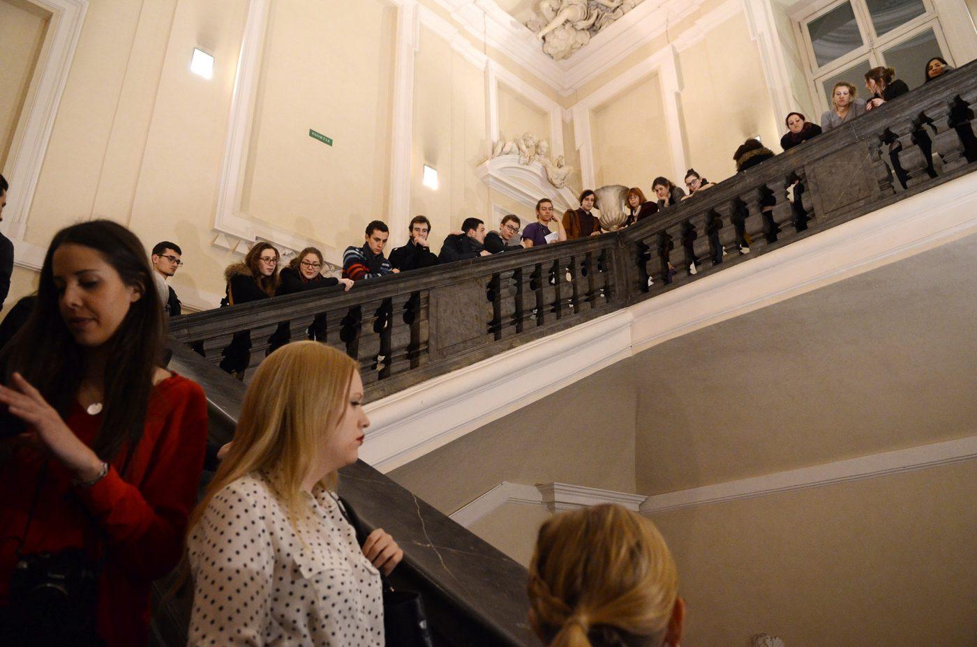 Gros succès pour la nocturne du Musée des Beaux-Arts de Lyon réservée aux étudiants. L'événement est fortement relayé par la communauté estudiantine sur Facebook.