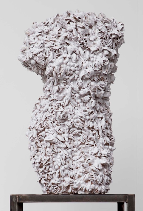 Johan Creten, Odore di Femmina, White Torso 2 / Strands, 2010.