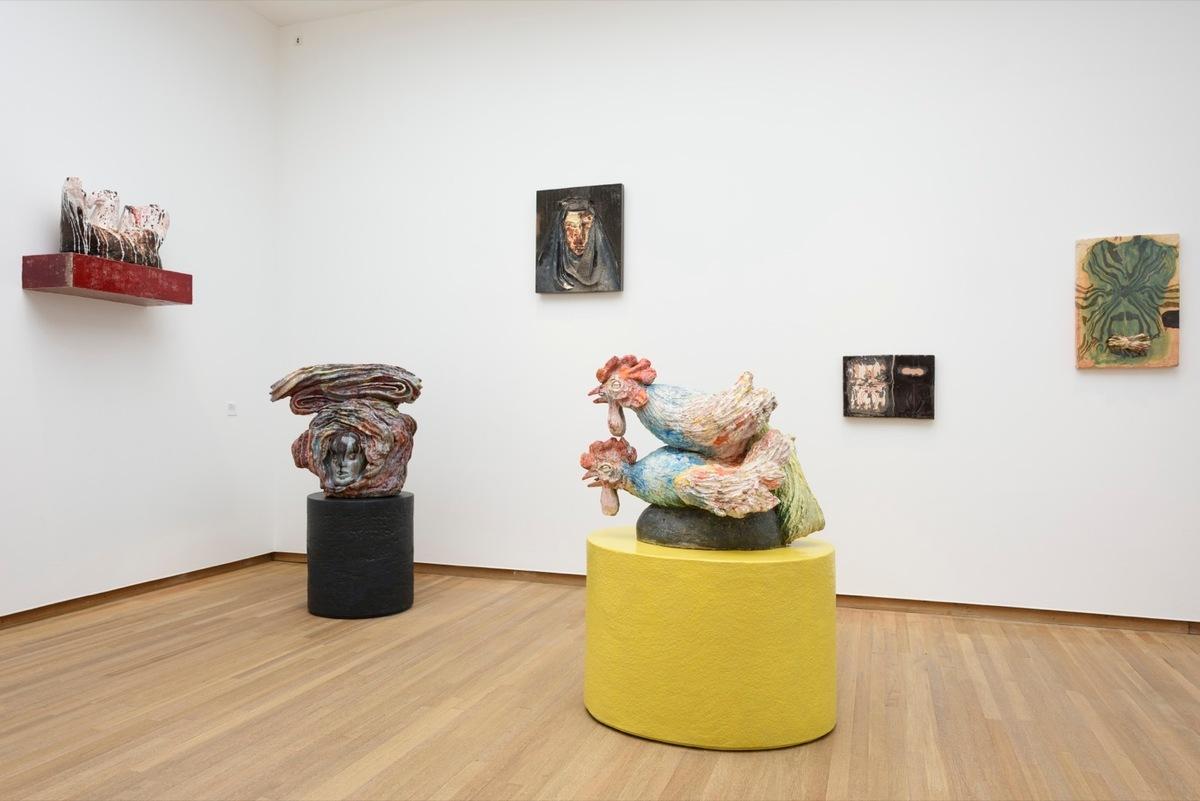 Salle monographique dédiée à Johan Creten, maison rouge, exposition Ceramix, 2016.