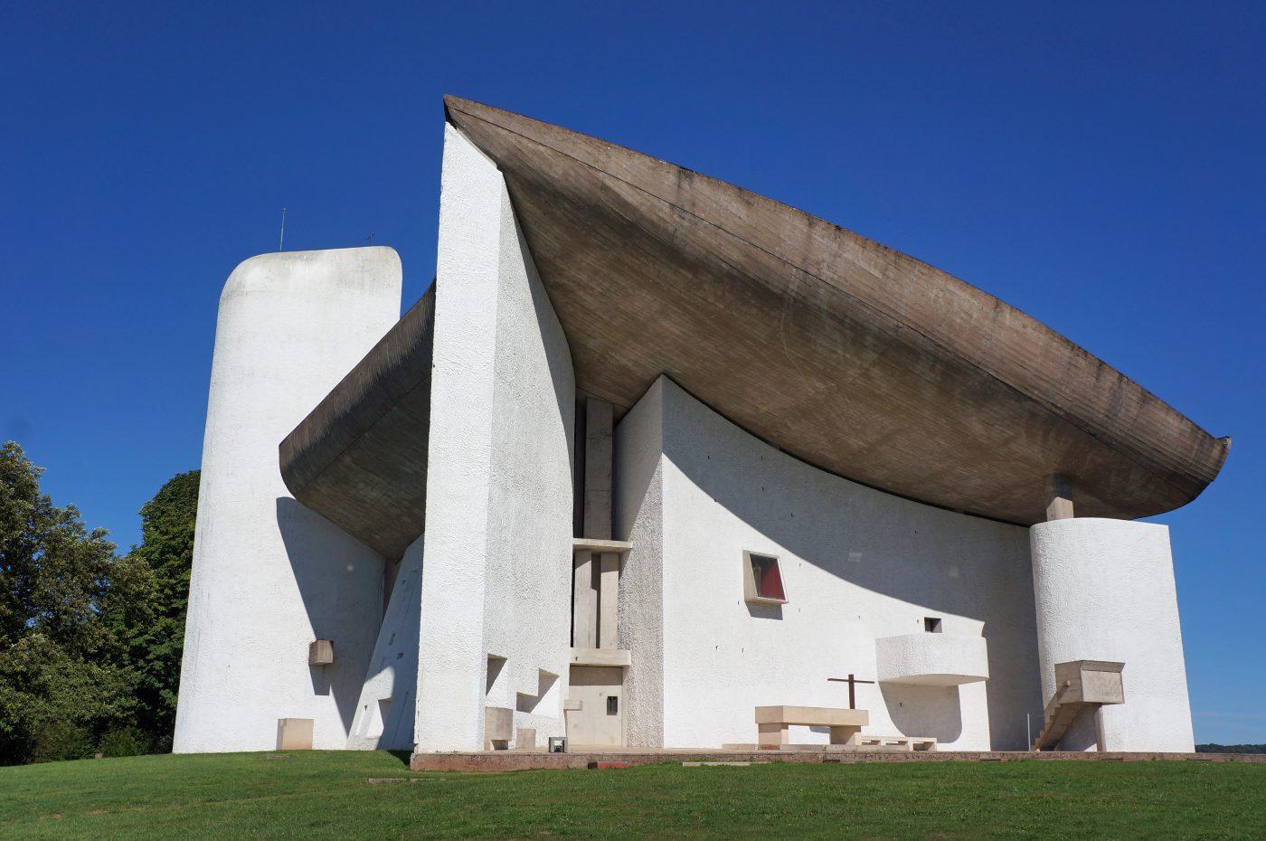 Chapelle Notre-Dame-du-Haut sur la Commune de Ronchamp (70), architecte Le Corbusier