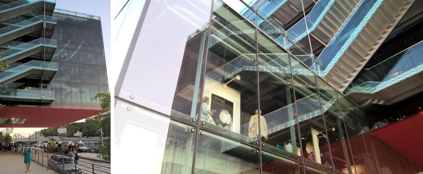 Docks Art Fair se tient dans un bâtiment résolument moderne conçu par l'architecte Odile Decq également le siège de la société GL Events