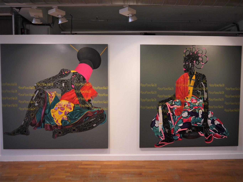 Vue de l'exposition Beautiful Africa, tableaux d'Eddy Kamuanga llunga : Negbele 2 (200x200) & Lolendo (200x200). Photographie FrançoisBoutard