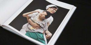 L'enquête menée par Mathieu Asselin fait l'objet d'un livre, Monsanto, Une Enquête Photographique. Le livre est publié aux Editions Actes Sud.