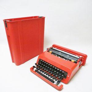 Machine à écrire portative Valentine, 1969. Design Ettore Sottsass et Perry King