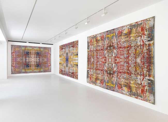 Vue de l'exposition Gerhard Richter : Tapisserie, du 30 mai au 27 juillet 2013 à la galerie Gagosian de Londres.