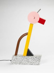 Lampe Tahiti, design Ettore Sottsass pour le groupe Memphis