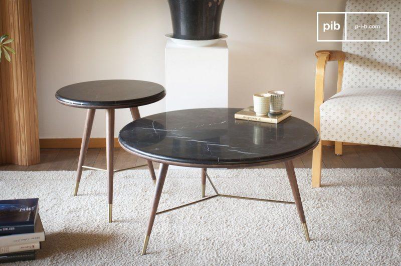 Table basse en marbre noir Sivärt et bout de canapé en marbre noir également