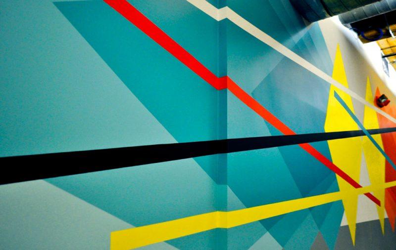 Mur intérieur, oeuvre de Christopher Derek Bruno.