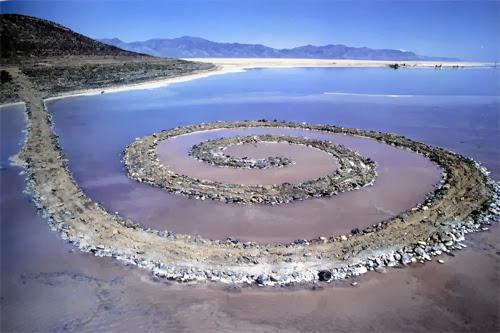 Spiral Jetty, installation de Robert Smithson, 1970