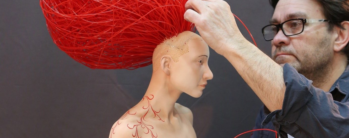 Stéphane Barret, Caloundra, résine polyuréthane, matériaux mixtes, peinture à l'huile et acrylique, Hauteur 80 cm.
