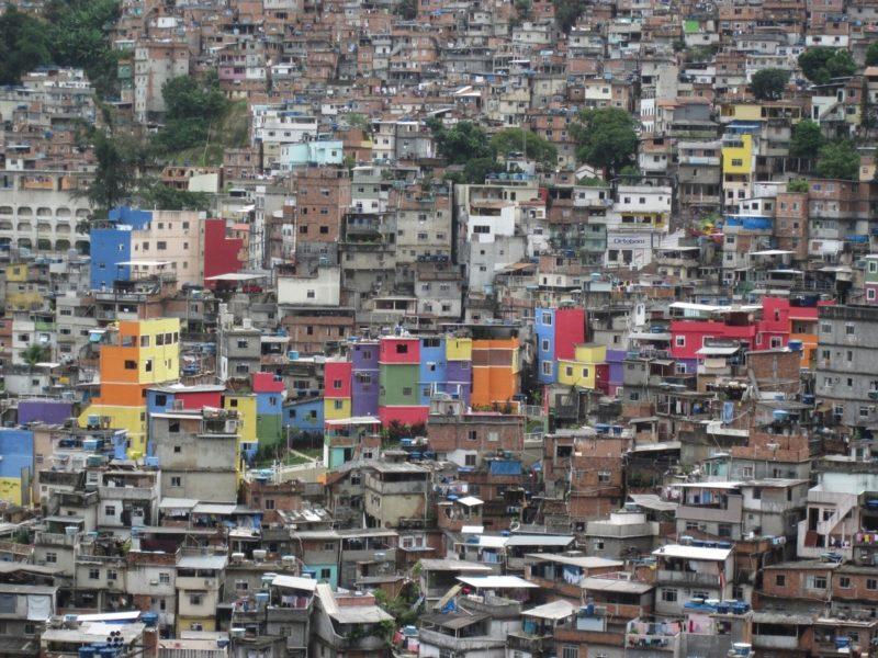 Vue de la favela de Rocina où vit Maxwell Alexandre. Une des plus grandes favelas de Rio.