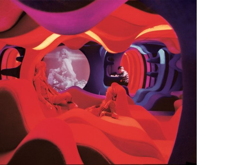 Vue de l'exposition Visiona 1970 – Revisiting the Future, design Verner Panton