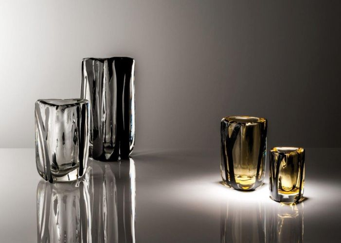 Vases de la série Black Blet créée par Peter Marino pour Venini.