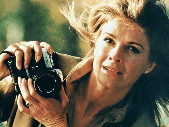 Photographie Anne Collier, Woman With A Camera (Candice Bergen/Minolta #1)